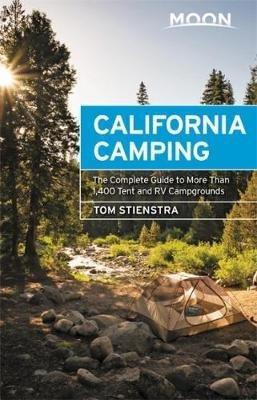 Moon California Camping 9781640490161  Moon   Campinggidsen California, Nevada