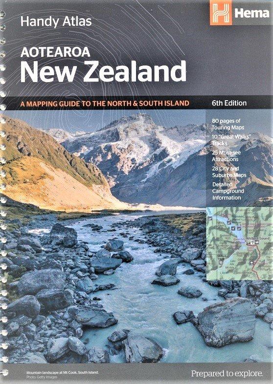 Handy Atlas New Zealand 9781925625042  Hema Maps Wegenatlassen  Wegenatlassen Nieuw Zeeland