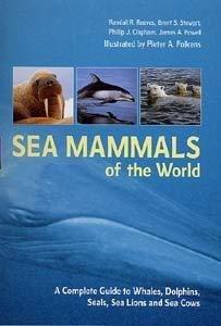 Sea Mammals of the World 9780713663341  A + C Black   Natuurgidsen Zeeën en oceanen