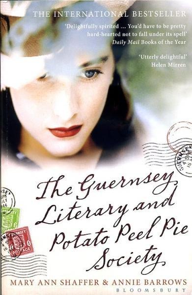 The Guernsey Literary and Potato Peel Pie Society 9781408810262 Mary Ann Shaffer and Annie Barrows Bloomsbury Publishing   Reisverhalen Kanaaleilanden