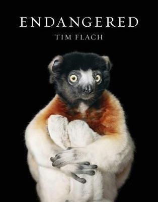 Endangered | Tim Flach 9781419726514 Tim Flach Abrams   Cadeau-artikelen, Natuurgidsen Wereld als geheel
