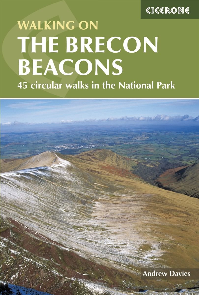 Walking on the Brecon Beacons 9781852845544  Cicerone Press   Wandelgidsen Zuid-Wales, Pembrokeshire, Brecon Beacons