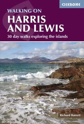 Walking on Harris and Lewis 9781852848187 Richard Barrett Cicerone Press   Wandelgidsen Schotland
