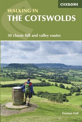 Walking in the Cotswolds 9781852848330  Cicerone Press   Wandelgidsen Midden- en Oost-Engeland