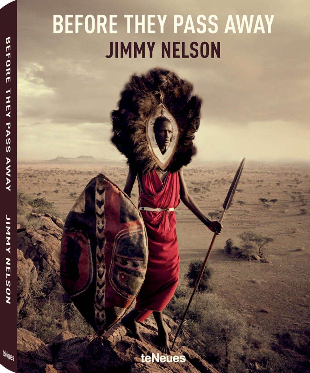 Before They Pass Away, Small Hardcover Edition 9783832733186 Jimmy Nelson TeNeues   Cadeau-artikelen, Fotoboeken, Landeninformatie Wereld als geheel