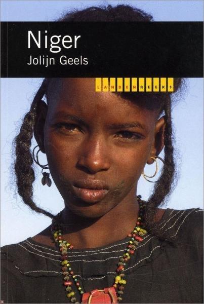 Niger 9789068326918 Jolijn Geels KIT/Novib Landenreeks  Landeninformatie Sahel-landen (Mauretanië, Mali, Niger, Burkina Faso, Tchad, Sudan, Zuid-Sudan)