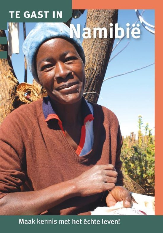 Te Gast In Namibie 9789460160806  Informatie Verre Reizen   Landeninformatie Botswana, Namibië