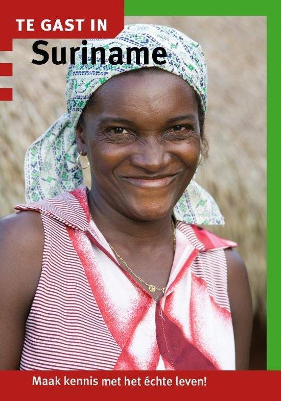 Te Gast In Suriname 9789460160820  Informatie Verre Reizen   Landeninformatie Suriname, Frans en Brits Guyana